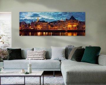 Panorama aan de Spaarne te Haarlem in de nacht