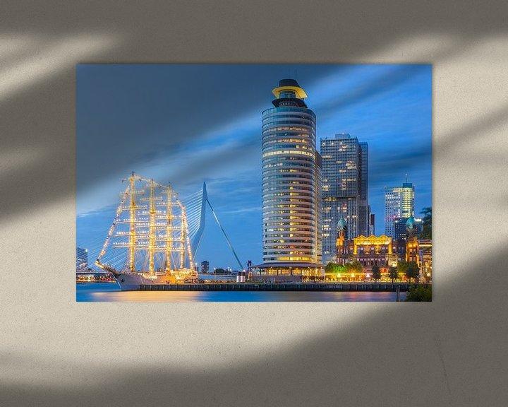 Sfeerimpressie: Kop van Zuid met B.A.P. Unión na zonsondergang van Prachtig Rotterdam