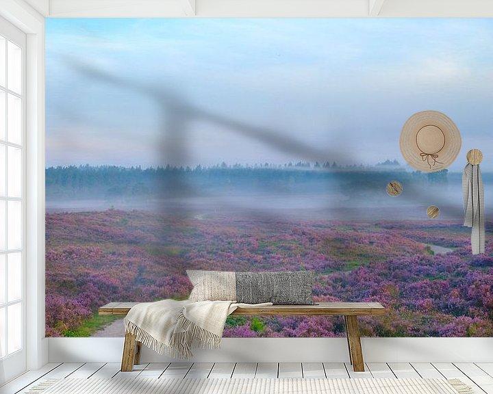 Sfeerimpressie behang: Bloeiende heide tijdens zonsopkomst op de Veluwe van Sjoerd van der Wal
