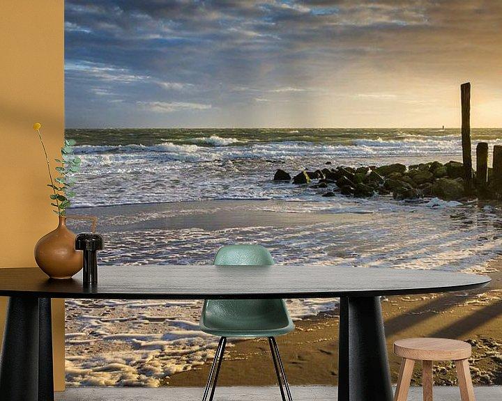 Sfeerimpressie behang: Zonsondergang aan zee van Evert Jan Kip
