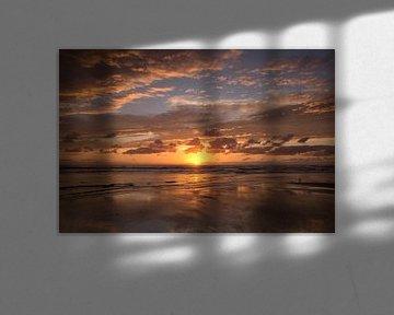 Zonsondergang aan zee van Barbara Brolsma