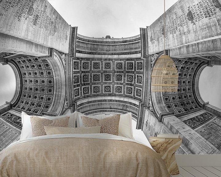 Sfeerimpressie behang: Arc De Triomphe in Parijs van Loek van de Loo