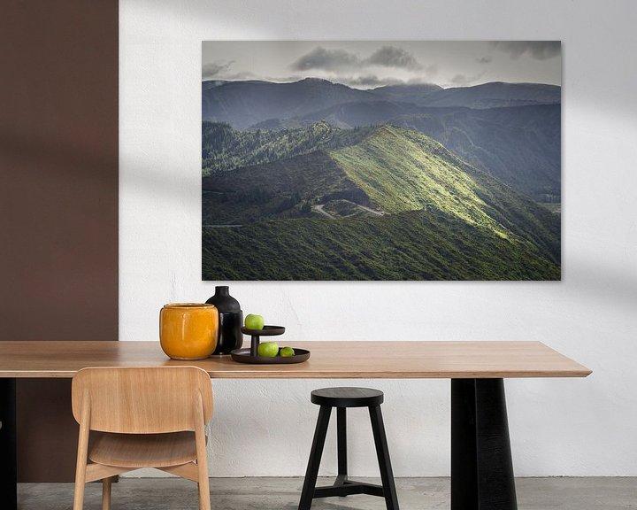 Sfeerimpressie: Bergpas op Sao Miguel, Azoren van Tomas Grootveld