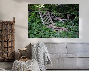 Provence; Frankrijk vergaan tuinstoel van Rene du Chatenier