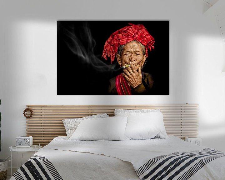 Sfeerimpressie: rokende vrouw van eric t'kindt