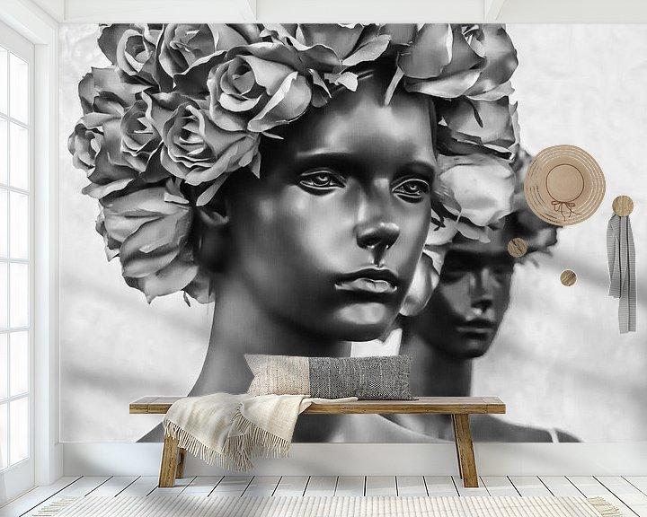 Sfeerimpressie behang: Two Women  - Salvador Dali van Maarten Leeuwis