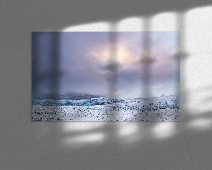 Sfeerimpressie: After the snowstorm (Svínafellsjökull) van Claudia van Zanten