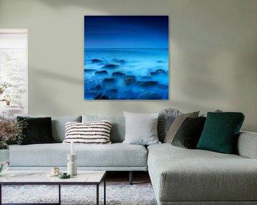 Blue on the rocks van Ruud Peters