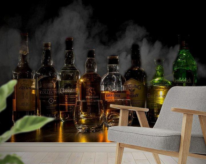 Beispiel fototapete: Whiskyflaschen mit Rauch im Hintergrund von Stefan van der Wijst