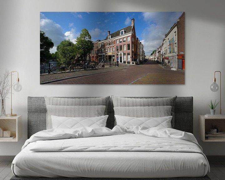 Sfeerimpressie: Hoek Oudegracht en Lange Smeestraat in Utrecht van In Utrecht