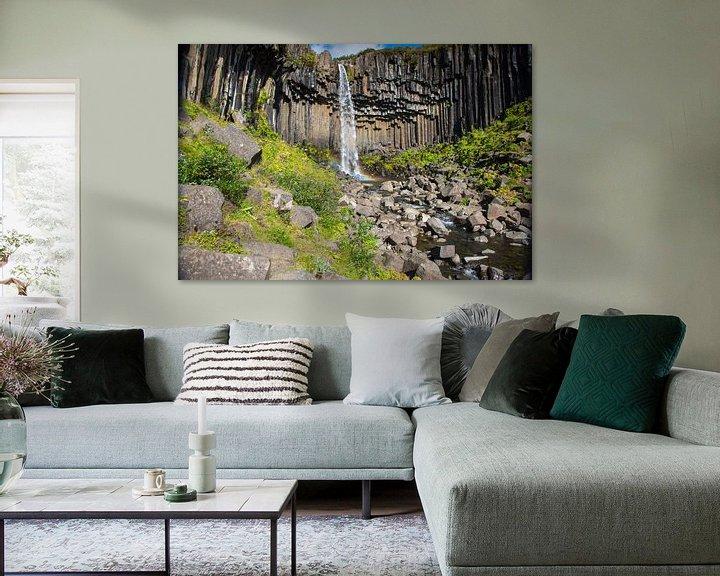 Sfeerimpressie: Svartifoss waterval IJsland van Menno Schaefer