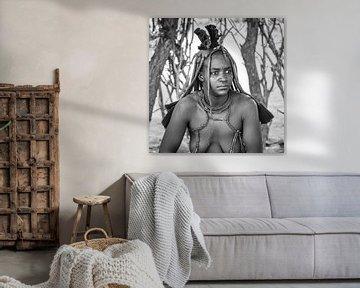 Porträt einer Himba-Frau aus Namibia von Loek van de Loo