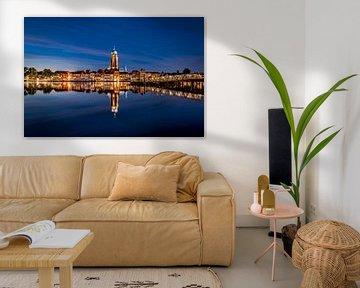 Deventer Skyline by night von Sander Korvemaker