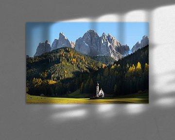 Die Kirche und der Berg von iPics Photography