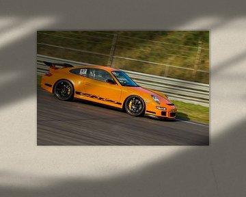 Porsche GT3 over het circuit von Menno Schaefer