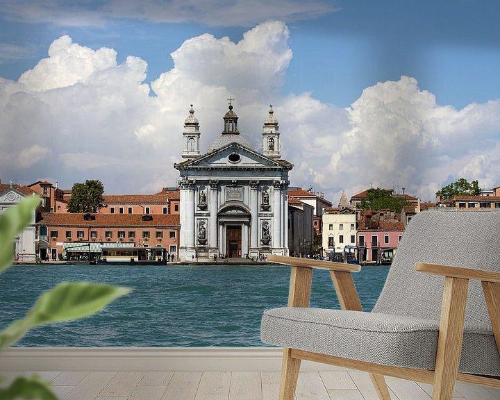 Sfeerimpressie behang: venetian promenade van Bernd Hoyen