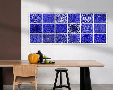 Rosetten mit Blau von Caroline Lichthart