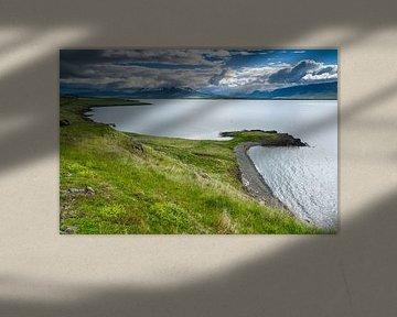 Uitzicht over het Eyjafjörður, IJsland sur Joep de Groot