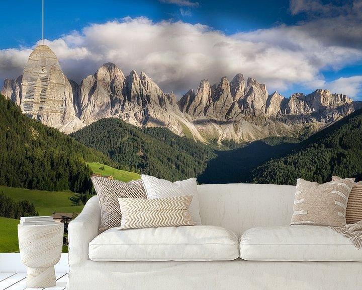 Sfeerimpressie behang: Uitzicht in de Dolomieten van Edwin Mooijaart