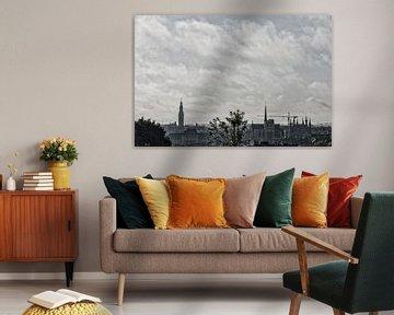 Skyline Leuven Bewolkte ochtend van Manuel Declerck