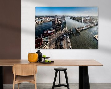 Uitzicht over de Wilhelminaplein en Erasmusbrug van Midi010 Fotografie