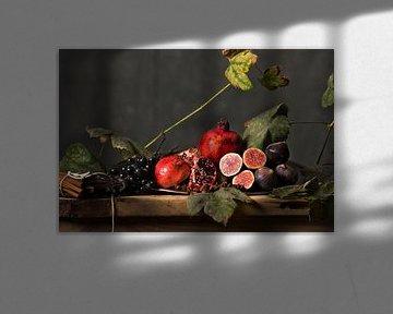 Last of the summer fruits. van Igor Sens