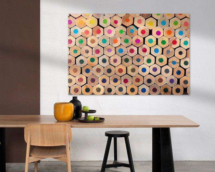 Sfeerimpressie: Compositie met kleurpotloden van Robert de Jong