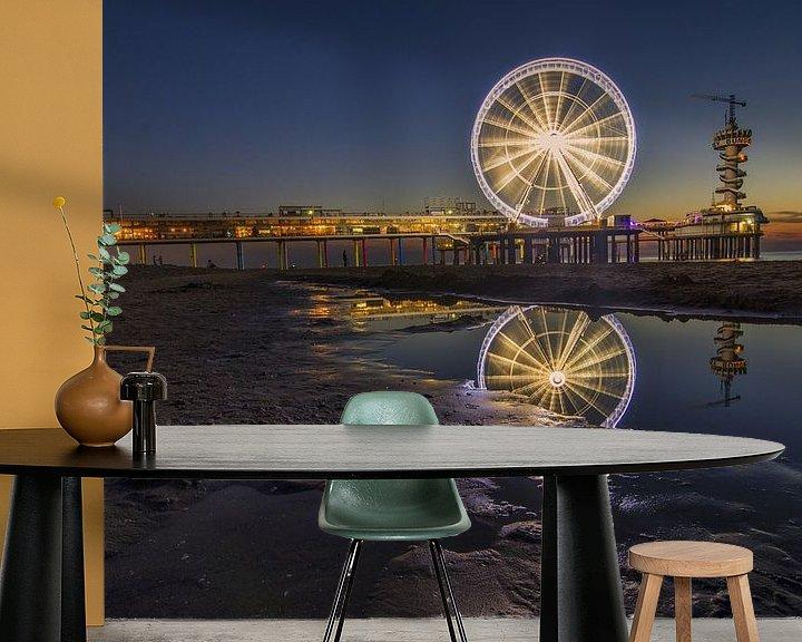 Sfeerimpressie behang: Reuzenrad op de pier van Scheveningen (2) van Jos Harpman