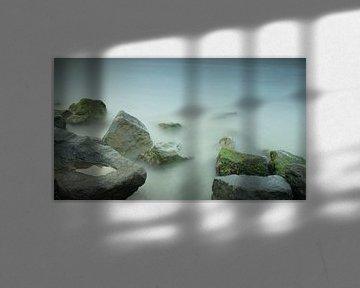 stenen en water met lange sluitertijd