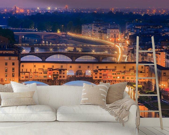 Sfeerimpressie behang: De Ponte Vecchio Brug, Florence, Italië van Henk Meijer Photography
