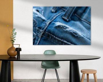 blauwe jeans met scheur sur Bianca Muntinga