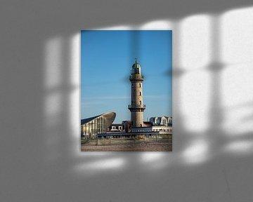 Der Leuchtturm und Teepott in Warnemünde von Rico Ködder
