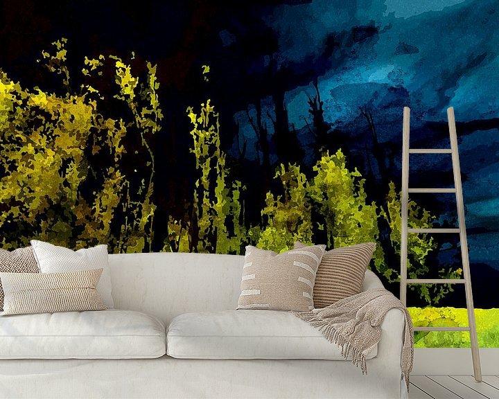 Sfeerimpressie behang: Nachtelijke bomenrij in de Biesbosch van Peter Baak