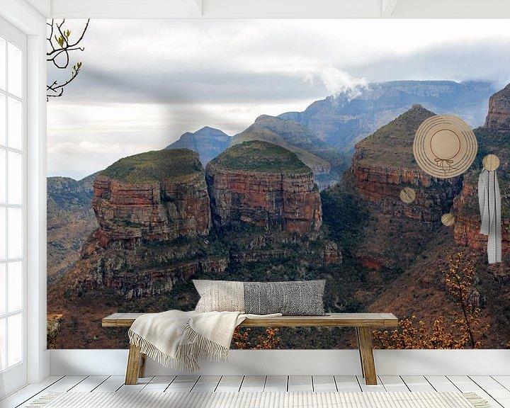 "Sfeerimpressie behang: Berg Trio ""De drie Rondavels"" ZuidAfrika van Paul Franke"