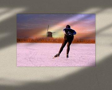 Eenzame schaatser bij zonsondergang in de winter von Nisangha Masselink