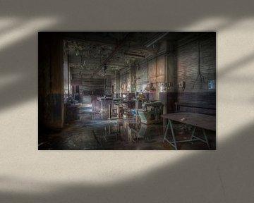 Werkstatt in einem verlassenen Hochofen von Eus Driessen