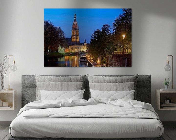 Sfeerimpressie: Nachtfoto Grote kerk Breda van Anton de Zeeuw