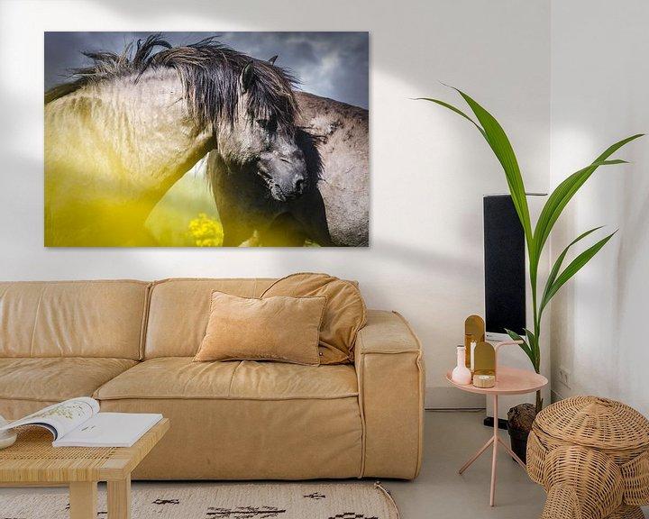 Sfeerimpressie: Wild konikspaard van Sharon Zwart