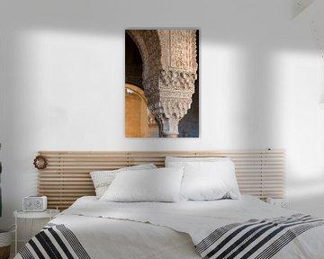 Detailfoto van een pilaar in het Alhambra von Jack Koning