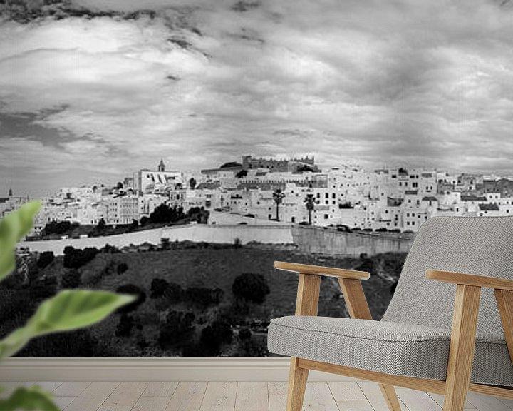 Sfeerimpressie behang: Vejer de la Frontera (zwartwit panorama) van Jack Koning