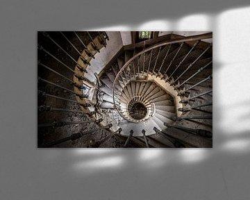 Treppenspirale von oben gesehen von Inge van den Brande