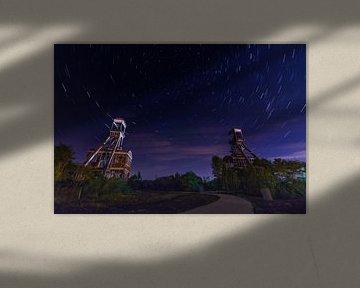 Mijntorens Steenkoolmijn van Eisden met star trails van byFeelingz
