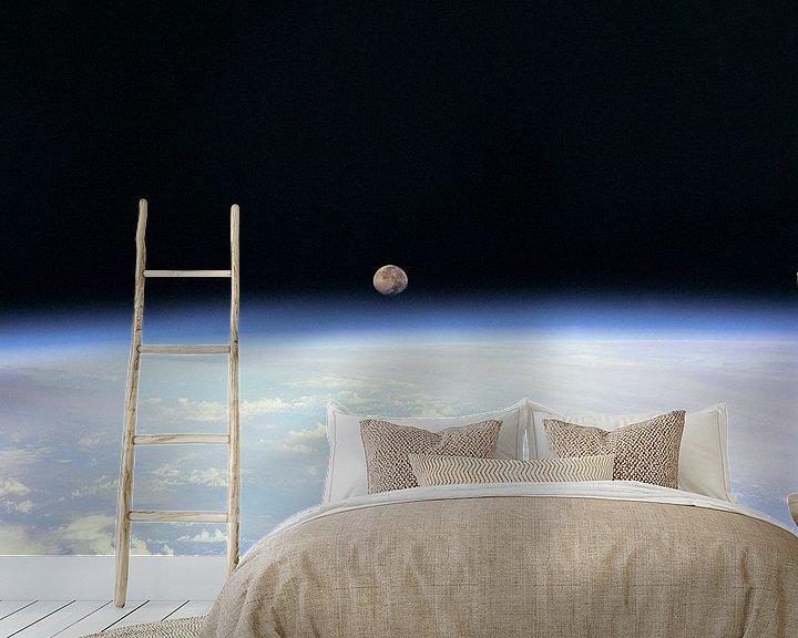 Sfeerimpressie behang: Maan Achter de Aarde van Digital Universe