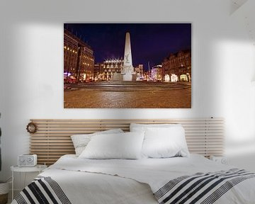 Monument op de Dam in Amsterdam Nederland bij nacht von Nisangha Masselink