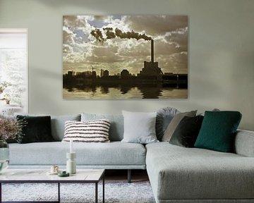 Industrie bij Amsterdam Nederland bij zonsondergang von Nisangha Masselink