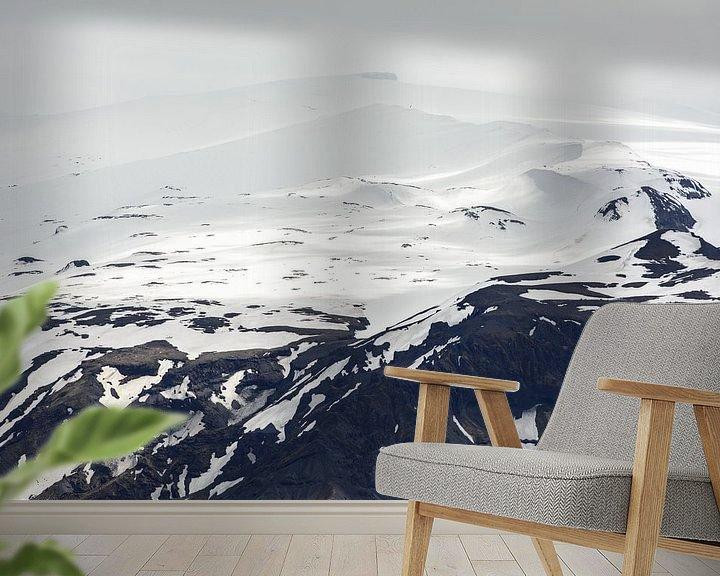 Sfeerimpressie behang: De bergen van Zuid-IJsland II van Ronne Vinkx