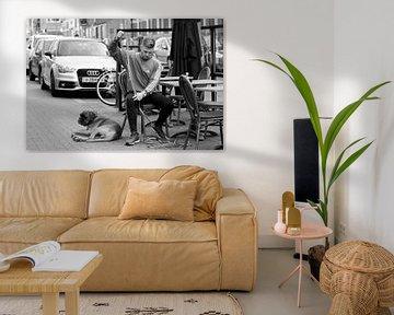Man & dog & car von Henriëtte Hoffs