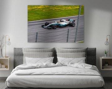 Lewis Hamilton in actie tijdens de Grand-Prix van Oostenrijk 2017 von Justin Suijk