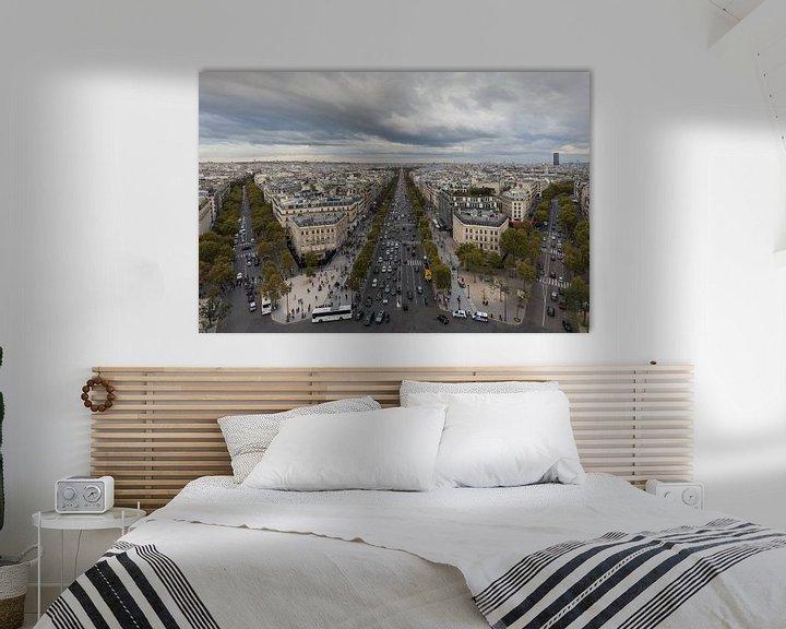 Sfeerimpressie: De Champs Elysées vanaf de Arc de Triomphe in Parijs van MS Fotografie   Marc van der Stelt