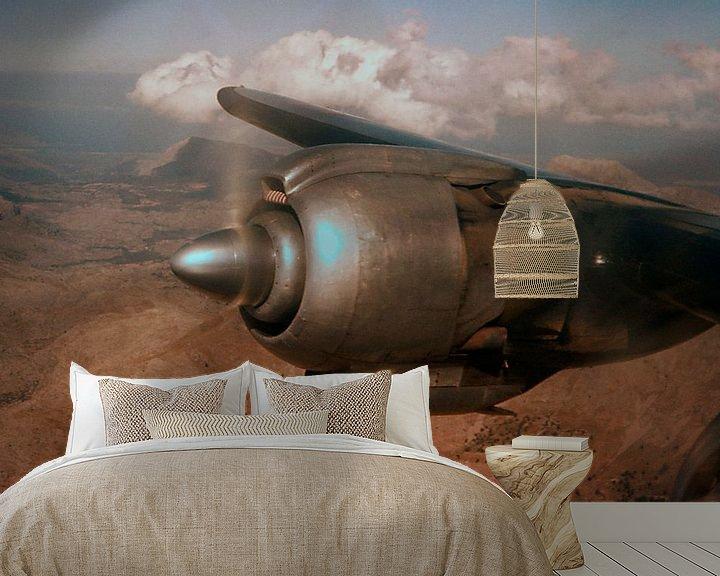 Sfeerimpressie behang: Vliegtuig motor 1961 van Timeview Vintage Images